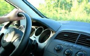 wynajem auta z kierowcą poznań